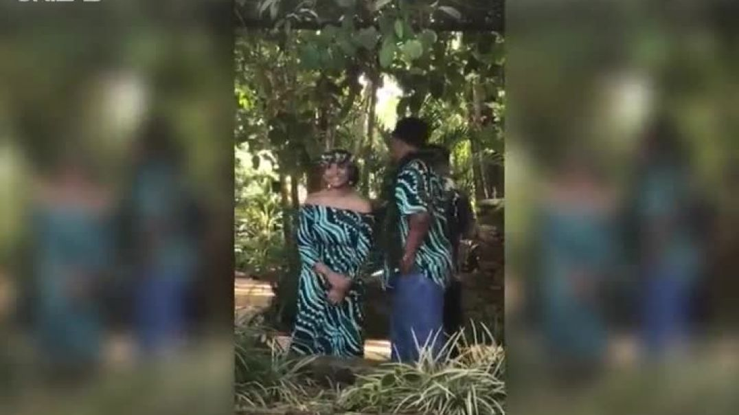 Woman Refuses To Kiss Husband On Wedding Day In Front Of Her Dad