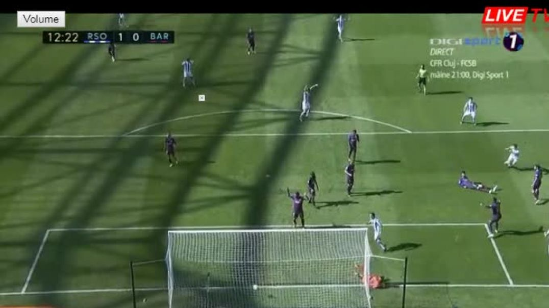 Elustondo A   Amazing  Shot  Goal  (1-0) Real Sociedad - Barcelona.mp4