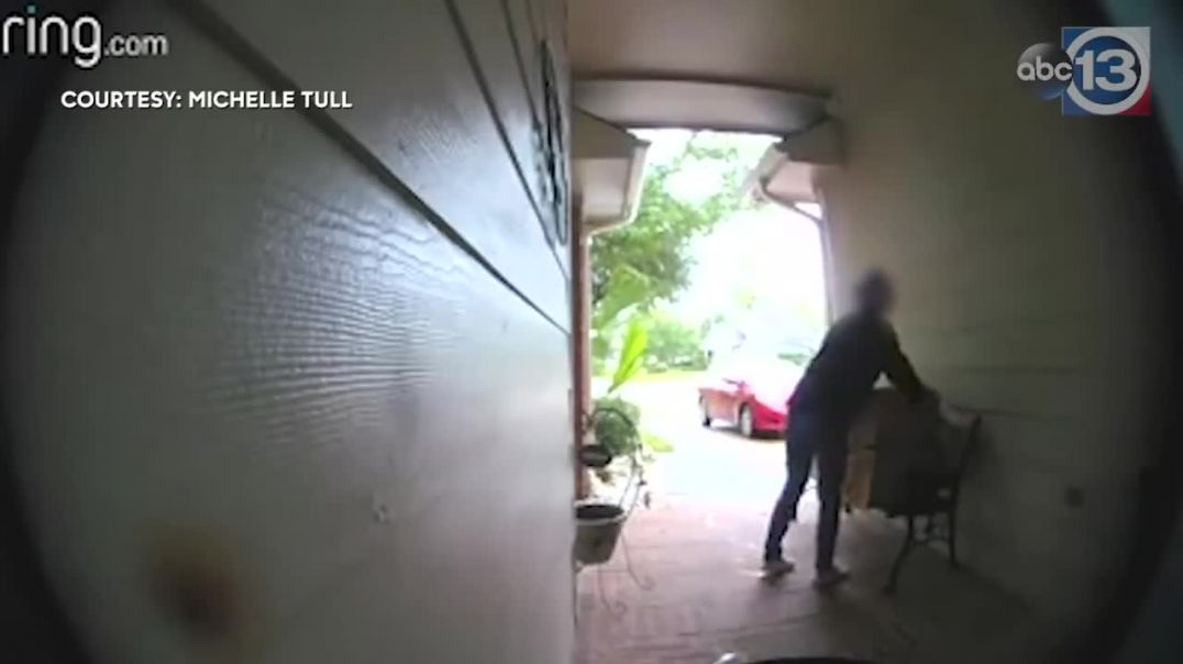 Homeowner confronts woman taking packages off porch.mp4