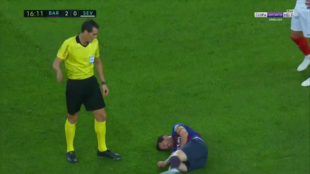 Lionel Messi Injury - Barcelona vs Sevilla 20-10-2018