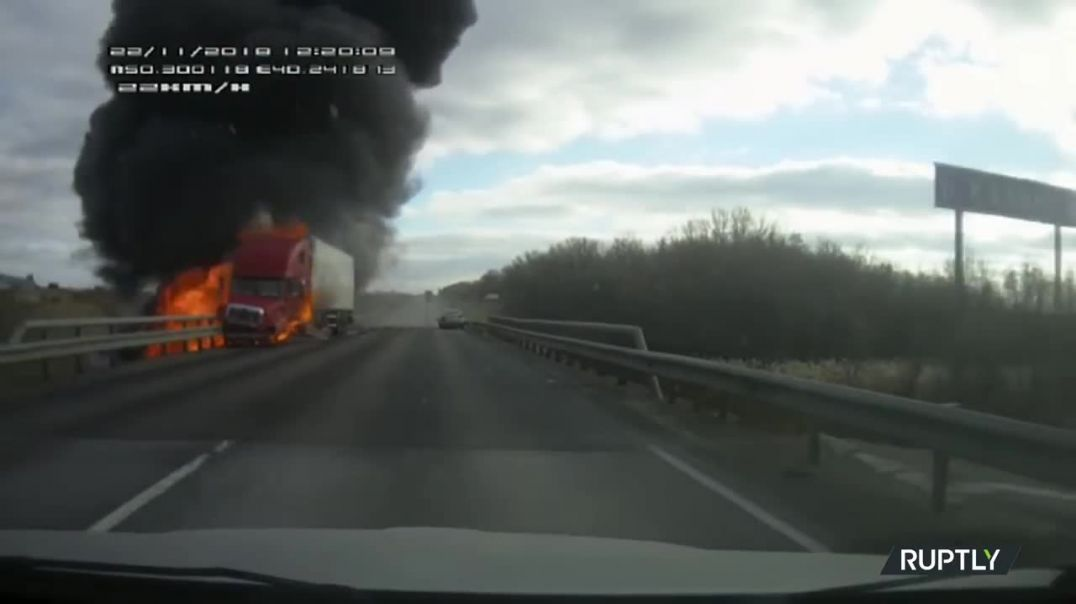 Truck explodes after head-on collision with car in Russia.mp4