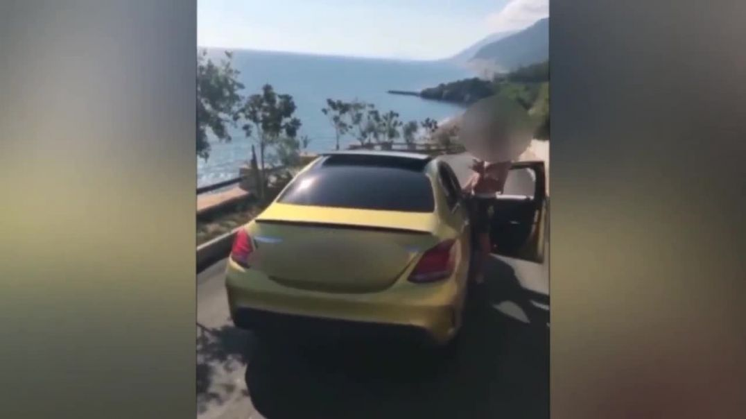 Hellbanianz show off guns and cars on social media