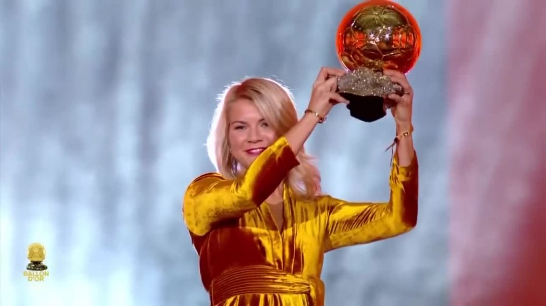 First ever women ballon d'Or winner 'Ada Hegerberg' asked to twerk (1)