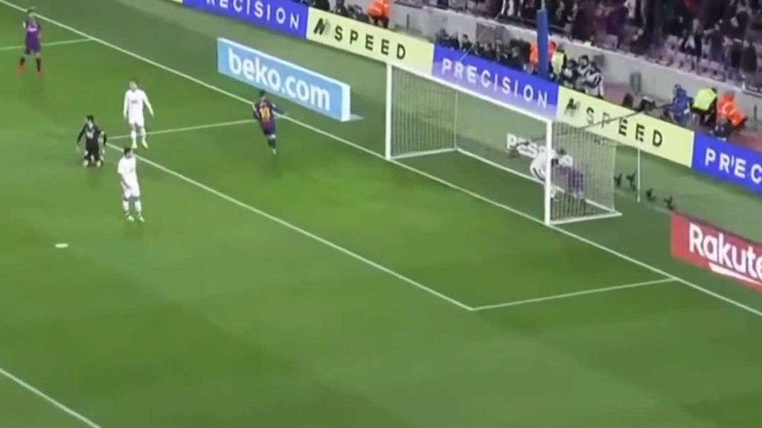 Luiz Suarez goal in Barcelona vs Eibar 1-0