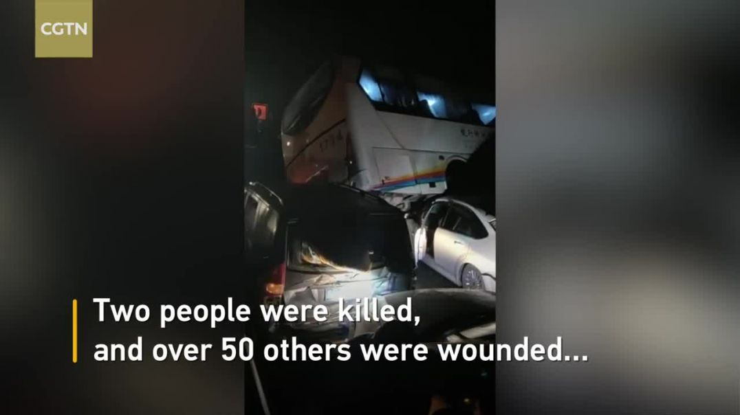 Two killed, over 50 injured in SW China road accidents.mp4