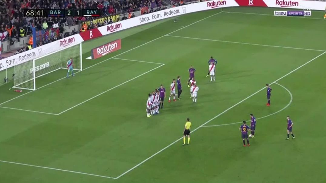 Lionel Messi Great Free Kick - Barcelona vs Rayo Vallecano HD (La Liga 2019).mp4