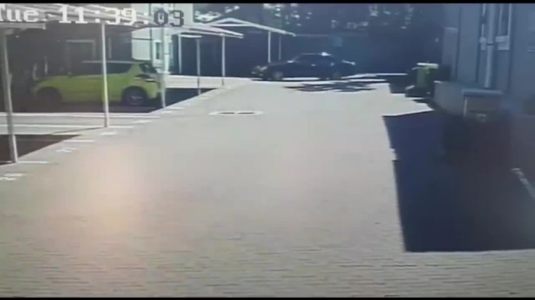 WATCH- Bryanston hit captured on CCTV.mp4