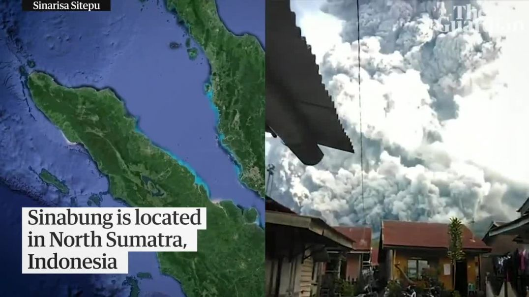 Indonesia's Mount Sinabung spews huge column of ash during latest eruption.mp4