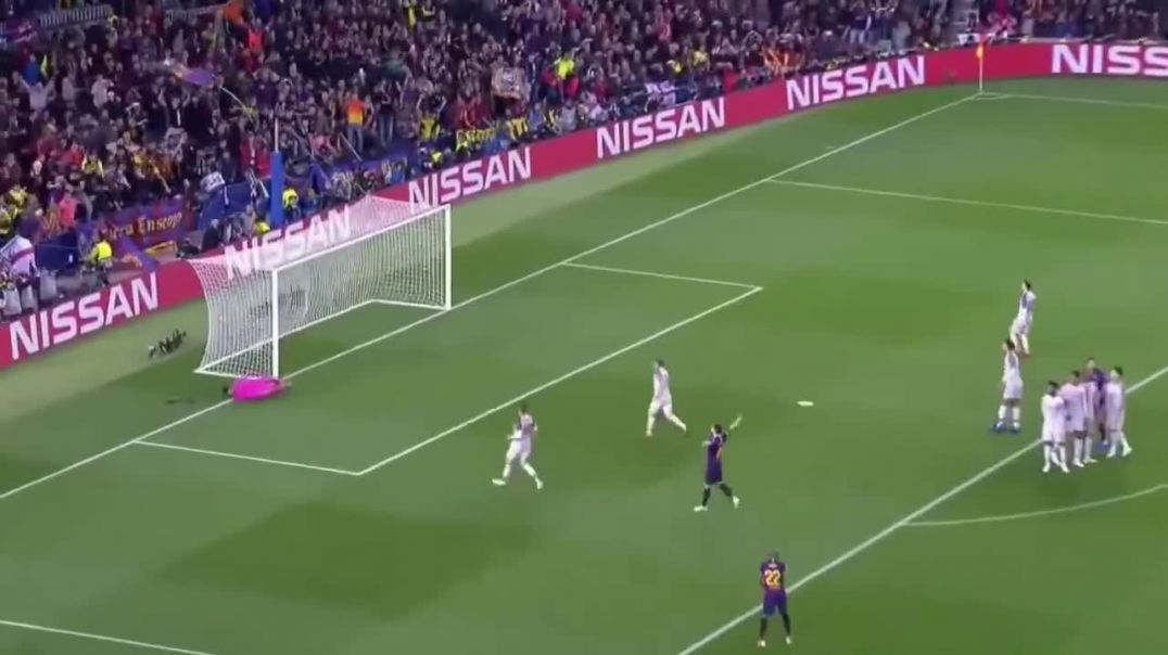 Lionel Messi Freekick GOAL VS Liverpool