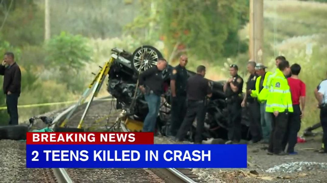 2 teens killed after Porsche plunges onto train tracks in Rockland County.mp4