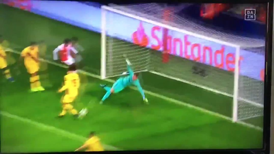 What a save from Ter Stegen!