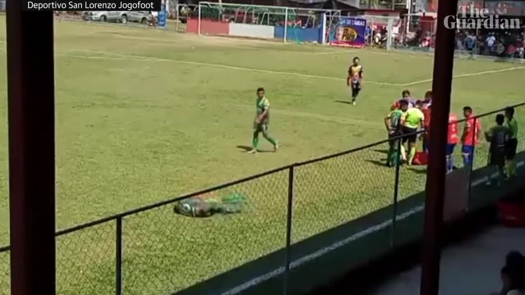 Player fakes being hit by object in Guatemalan football match