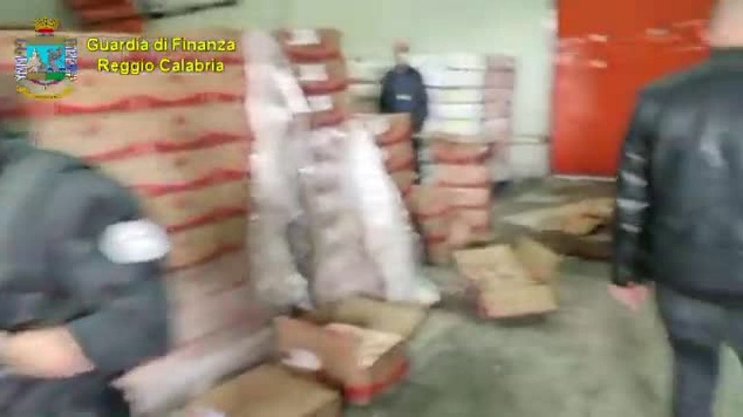Blitz antidroga sequestrati 400 kg di cocaina